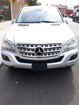 MERCEDES ML 350 for Sale in Brooklyn, NY