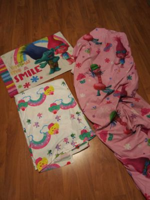 Twin TROLLS comforter set for Sale in Dade City, FL