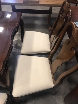 Dining table for up to 8 for Sale in Houston, TX
