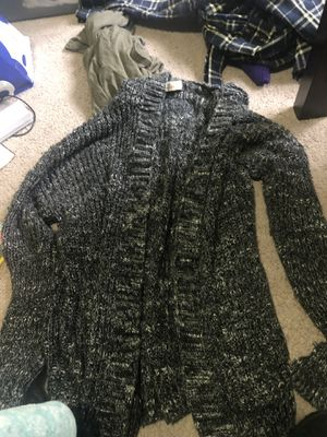 S size hollister cardigan for Sale in Seattle, WA