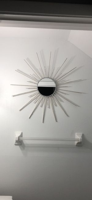 Wall mirror decor for Sale in Tampa, FL