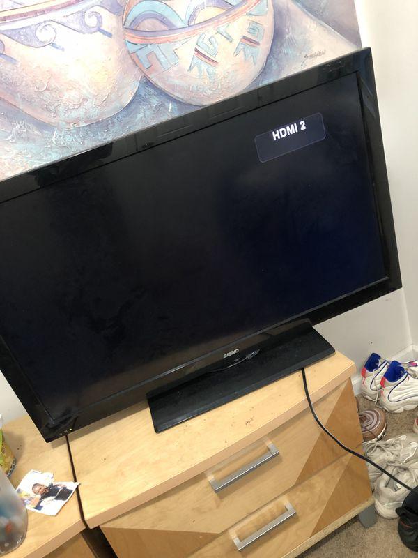 """43"""" inch tv (Sanyo)"""