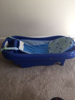 Baby boy bath tub for Sale in Manassas, VA