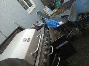 BBQ grill n 2 wheel barrel for Sale in Sacramento, CA