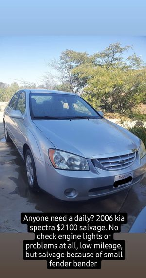 2006 Kia spectra , low mileage , everything works ! Salvage due to small fender bender for Sale in Murrieta, CA