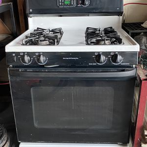General Electric Stove Top And Oven for Sale in San Dimas, CA