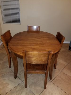 Dining room table for Sale in Corona, CA
