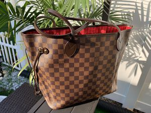 Louis Vuitton Neverfull MM for Sale in Macungie, PA