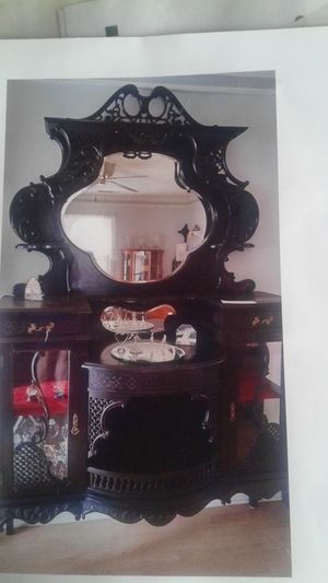 Antique curio display cabinet and mirror for Sale in Lithia Springs, GA