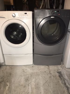Kenmore washer and whirlpool gas dryer works perfectly for Sale in Corona, CA