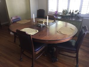 Antique Mahogany dining table and chairs for Sale in Orlando, FL