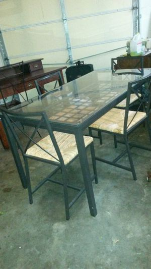 New solid metal kitchen dining set for Sale in Silver Spring, MD