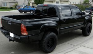 On sale 2007 Toyota Tacoma Clear Title for Sale in Flint, MI