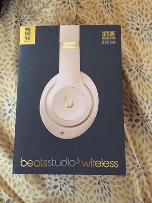 Beats Studio 3 Wireless Headphones Skyline Collection Desert Sand for Sale in Vernon, CA