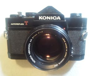 Vintage Konica AutoReflex T Film Camera and Lens *Works Perfect* for Sale in Hallandale Beach, FL