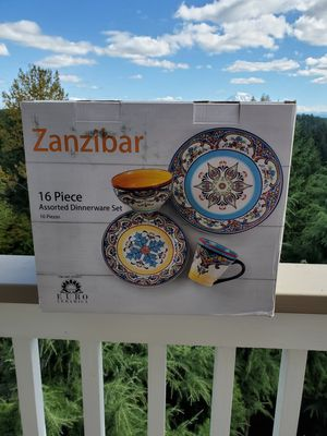 Zanzibar Spanish style dinner set for Sale in Tacoma, WA