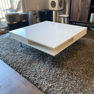IKEA TOFTERYD coffee table, high gloss white for Sale in Denver, CO