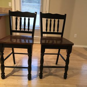 2 Ashely bar stools for Sale in Mount Vernon, WA