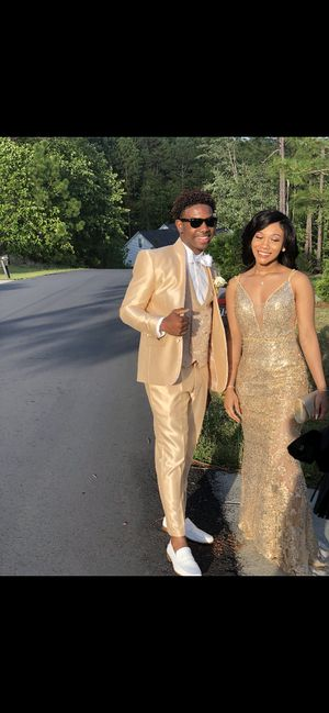 Gold prom dress!! for Sale in Sanford, NC