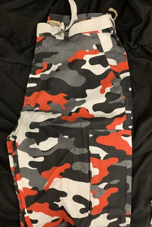 Camo pants ✨Brand New✨ for Sale in Medley, FL