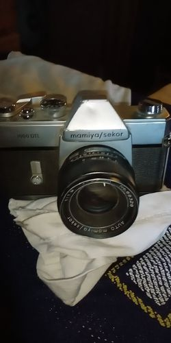 Mamiya/ seeker. 1000DTL for Sale in Grandview,  WA