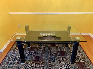 Glass Dining Table for Sale in Daniels, MD