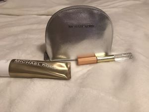 Michael Kors makeup bag with perfume and lotion for Sale in Pasadena, MD
