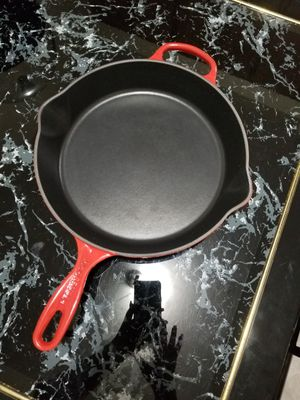 Large Le Creuset #30 cast iron pan in Cerise for Sale in Oakland, CA