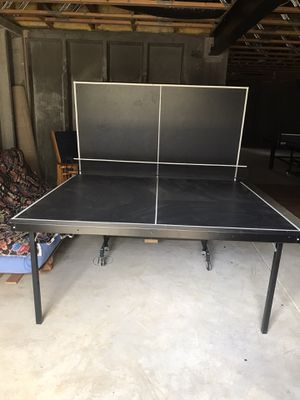 Foldable good quality and good condition used ping-pong table for Sale in Centreville, VA