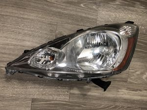 09-14 HONDA FIT LH ( DRIVER SIDE )HEADLIGHT OEM for Sale in San Diego, CA