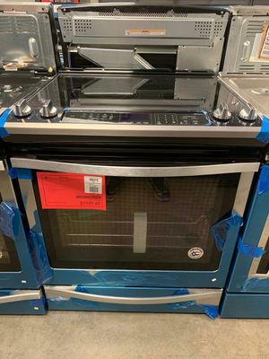 Brand New Electric whirlpool Slide-in Range..1 Year Manufacture Warranty Included for Sale in Gilbert, AZ