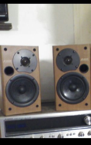 Pair of passive loudspeakers for Sale in Belleville, MI