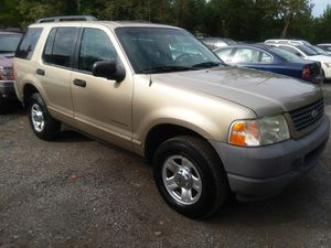 2002 Ford Explorer Very Reliable A.C. cold for Sale in Bowie, MD