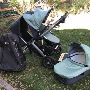 UppaBaby Vista Stroller With Second Seat & Bassinet for Sale in Pasadena, CA