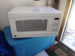 G.E. Mikecrowave Oven for Sale in Central Lake, MI