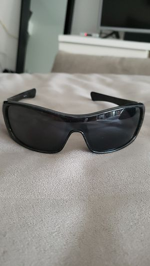 Sunglasses Oakley for Sale in San Diego, CA