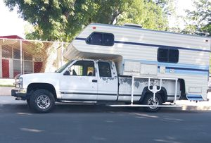 1993 Chevy Silverado truck and camper Lance camper for Sale in Los Angeles, CA