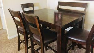 Extendable Pub height Dining table set with 4 chairs plus a bench! for Sale in San Diego, CA