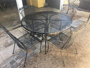Outdoor Wrought Iron Table & 4 Wrought Iron Chairs [Read Description] for Sale in Phoenix, AZ