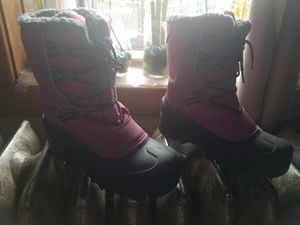 Itasca big girl boots size 5 for Sale in Chicago, IL
