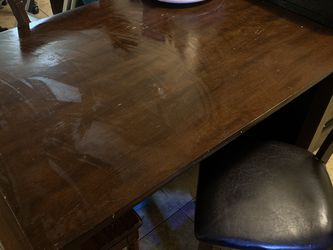 Dinner Table for Sale in Baldwin Park,  CA
