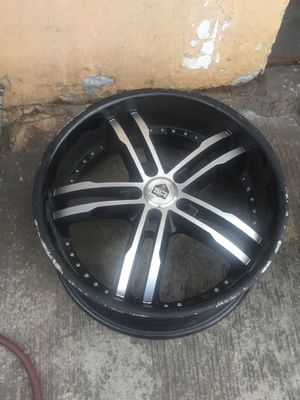 Rims size 20 for Sale in Los Angeles, CA