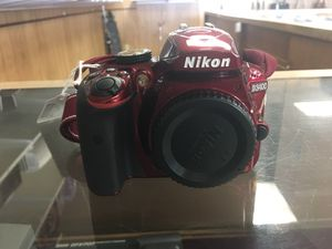 Nikon camera (D3400) with 2 lenses & charger for Sale in Austin, TX