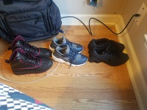 Nike boots huarache and nike shock for 100 or 50 a pair for Sale in Nashville, TN