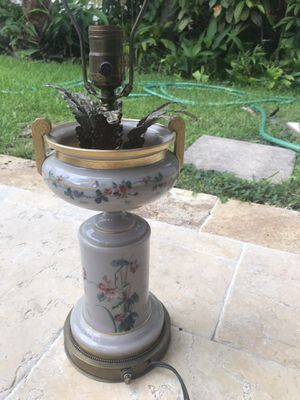 Antique Lamp for Sale in Hollywood, FL