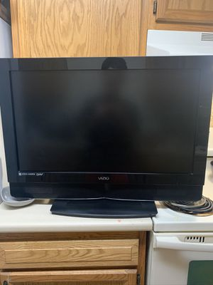 37 Inch VIZIO hd tv $50 for Sale in East Providence, RI