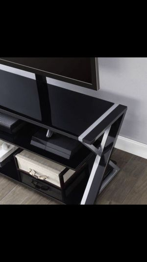 """3 in 1 TV Stand...Fits up to 70"""" TV! (Canoga CA) for Sale in Los Angeles, CA"""