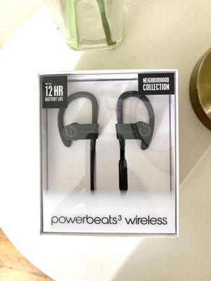 Power beats 3 by Dre NEW IN BOX for Sale in Citrus Heights, CA