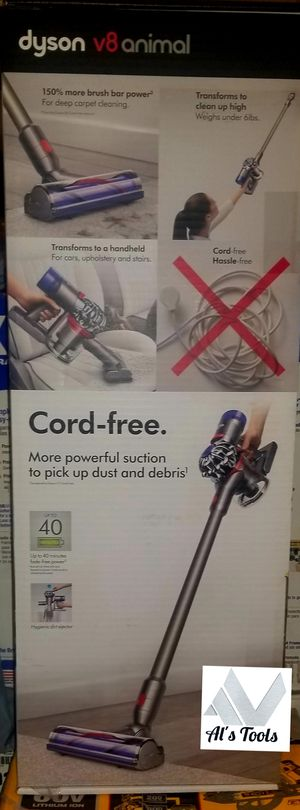 Dyson V8 animal cordless vacuum with 45-minute runtime and HEPA filter for Sale in Paramount, CA