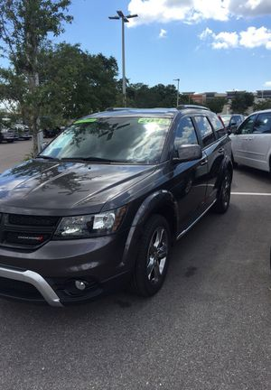 Jordi has a 16 Dodge Journey low miles 3 row for Sale in Tampa, FL